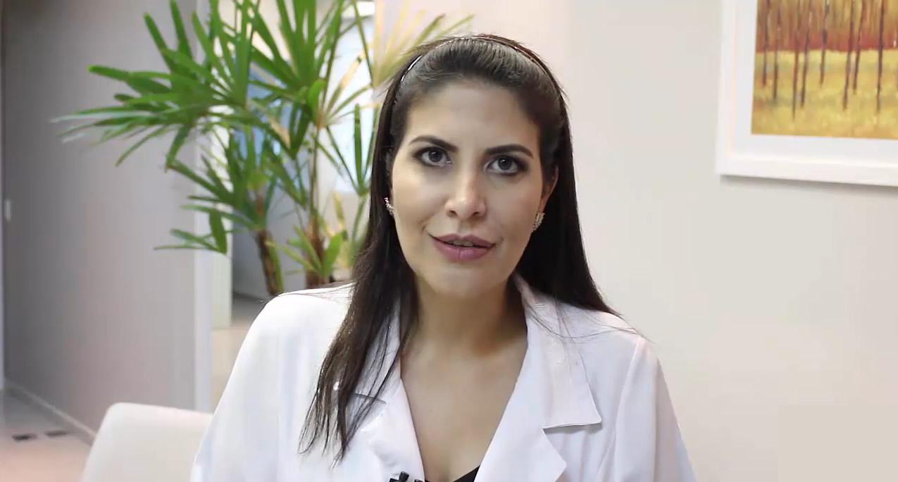 Dra. Carolina Haddad - Gestante pode pintar o cabelo?